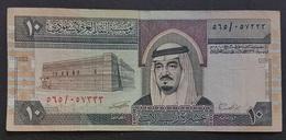 RS - Saudi Arabia 10 Riyals Banknote 1983 P.23d Prefix 565 - Saudi-Arabien