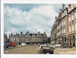 CP 62 ARRAS La Grand' Place - Arras