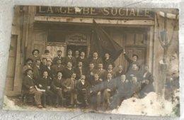 Photo La Gerbe Sociale Societe Cooperative Vente A Tout Le Monde Lecteur De L Humanite Drapeau Membres 1920 ? -abime - Photographie