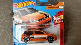 Hot Wheels VW Volkswagen Golf MK7 Orange - HotWheels