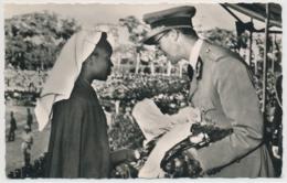 Lubumbashi (bis 1966 Élisabethville Oder Elisabethstad) Remise De Cadeaux Au Roi - Lubumbashi