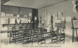 DIJON  Ecole Saint-Dominique  Salle De Dessin - Dijon