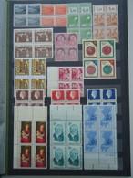 Monde - Lot De 228 Blocs De 4 MNH Dans Un Album De 16 Pages - Lots & Kiloware (mixtures) - Max. 999 Stamps