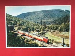 N°1965. LOCOMOTIVE ELECTRIQUE. RAME T.E.E. HOLLANDAISE « EDELEISS » A STAMBACH PRES DE SAVERNE. - Trains