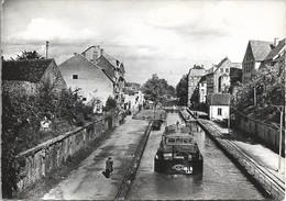 67. SAVERNE. CANAL DE LA MARNE AU RHIN. PENICHE. 1967. - Péniches