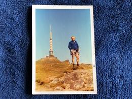 Photographie Années 50 60 - PUY DE DOME - Homme Au Sommet Du Puy - Lieux