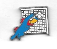 Pin's  Sport  FOOT-BALL  FRANCE 98  Avec  La  Mascotte  En  Gardien  De  But  Verso  A.B  1995 - Fútbol