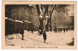 P574 - Brignolles - Place Caramy Sous La Neige - Brignoles