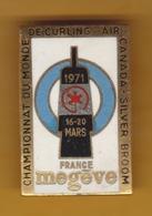 Broche En Laiton émaillé - Championnat Du Monde De Curling à Megève (74) 16-20 Mars 1971 - Pas Un Pin's - Air Canada - Marine