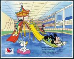 NB - [91713]SUP//-GRENADINES - Walt Disney - Mickey, Donald, Minnie, Dingo, Daisy à La Piscine, B.D, Le Bloc De 6$ - Disney
