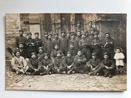 Foto Ak Group Soldats Francais Infanterie Regiment 110 Dunkerque? - Guerre 1914-18