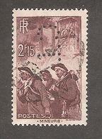 Perforé/perfin/lochung France No 390 C.L Crédit Lyonnais (230) - Perfin