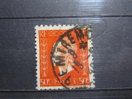 """VEND BEAU TIMBRE FRANCE N° 685 , OBLITERATION """" REMIREMONT """" !!! - 1944-45 Maríanne De Dulac"""