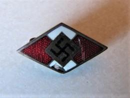 MILITARIA - 1939 / 1945 - Broches Allemande Avec Croix Gammée - 1939-45