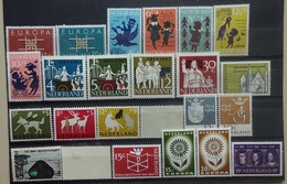 NEDERLAND  1963   Van Nr. 800 Tot 829    Postfris **  Met Nr. 812 - 815  En 818 - 819  Scharnier * - Nuovi