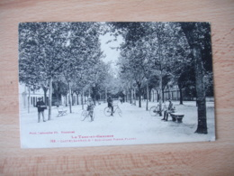 Cpa 82 Castelsarrasin Velo Promenade Pierre Flamenn - Castelsarrasin