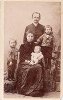 Photo CDV Famille Avec Enfants. Desavary Arras 1880 - Ancianas (antes De 1900)