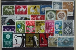NEDERLAND  1964   Van Nr. 812  Tot  841     Postfris **   CW 13,00 - Nuovi