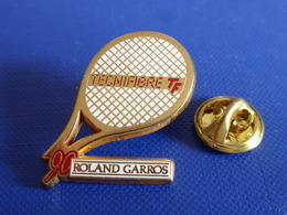Pin's Arthus Bertrand Roland Garros 90 - Tecnifibre TF - Open De Tennis Paris Joueur Raquette (AB10) - Arthus Bertrand