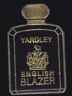 64664- Pin's-Parfum.Yardley.english Blazer. - Perfumes