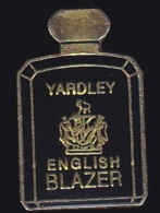 64664- Pin's-Parfum.Yardley.english Blazer. - Parfums