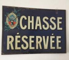 Rare Belle Plaque En Tôle CHASSE RESERVEE Avec Sigle En Haut à Gauche Scan (2) SAINT-HUBERT CLUB De FRANCE - Otros