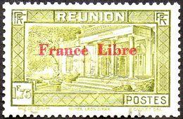 Réunion Obl. N° 210 Vue -> Musée Léon Dierx à Saint Denis Le 1fr75 Olive Surchargé France Libre - Réunion (1852-1975)