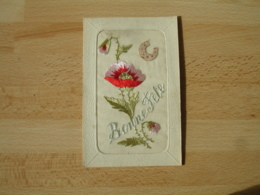 Cpa  Brodee Coquelicot  Bonne Fete - Embroidered