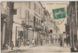 Le Bugue  24   L'Avenue De La Gare  Tres Tres Animée-Café-Epicerie Coiffeur - Other Municipalities