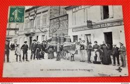 LIBOURNE  -  Un Groupe De Vendangeurs Avec Attelage -   Hôtel - Restaurant Du Pigeon Blanc  - - Libourne