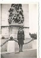 Orig Photo All WW2 : Auxiliaire Féminine LUFTWAFFE . PARIS 1942 . Souris-grise . - 1939-45