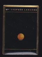 64699- Pin's-Parfum.Golf.16 ème Trophée Lancôme - Golf