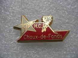 Pin's Du Hockey Club De La Ville De La Chaux-de-Fonds En Suisse, Numéroté 309 - Patinaje Artístico