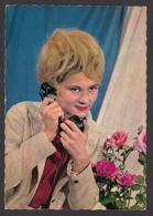 92843/ JEUNE FEMME Au Téléphone, Type Des Années '60 - Women