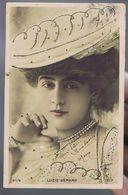 Artiste 1900 - Lucie Gérard - Finement Colorisée -Strass - Cliché Reutlinger  , Sip 97/8 - Theatre