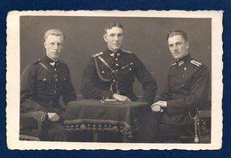 Carte-photo. Armée Allemande . Officiers Allemands. Photo Carl Berne, München - Regimente