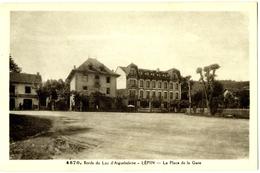 CPA DE LEPIN  (SAVOIE)  LA PLACE DE LA GARE - Other Municipalities