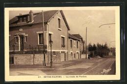 CPA Nantes, Sèvre - La Route De Vertou - Nantes