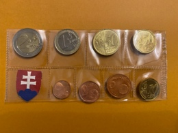 EUROS SERIE SLOVAQUIE 2009 8 PIECES 1 CENT A 2 EUROS VOIR PHOTOS - Eslovaquia