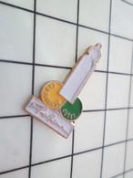 1219 Pin's Pins / Beau Et Rare / THEME : PARFUMS / FLACON DE PARFUM LES ENFANTS AUSSI PACO RABANNE - Parfums