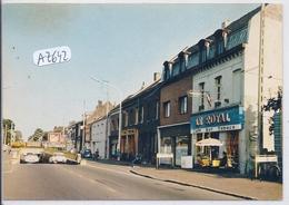 HENIN-LIETARD- LE CAFE-TABACS LE ROYAL TENU PAR L. DECQ- PRES DU PASSAGE SOUTERRAIN - Henin-Beaumont