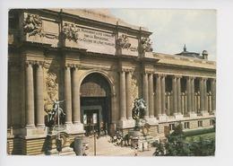 Paris : Entrée Du Palais De La Découverte, Secrétariat D'état Aux Universités - Altri Monumenti, Edifici