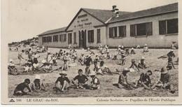 30- 2406   -  Le  GRAU - Du - ROI   -  La Plage Animée 1939 - Le Grau-du-Roi