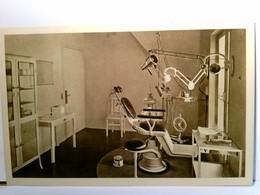 Moy / Aisne / Frankreich. Centre D' Hygiénedentaire. Cabinet Dentaire. Behandlungszimmer - Frankrijk