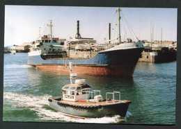 """Carte-photo - Cargo - Service Des Iles Anglo-Normandes """"M.V. Carrigrennan, Port De St Samson - Guernesey (Guernsey)"""" - Commercio"""