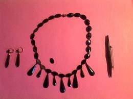 Parure De Bijoux Anciens Fantaisies (vintage), Collier 39 Cm Longueur - Necklaces/Chains