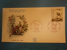 Enveloppe Historique F.D.C.,n.°1661,année 1990,Soierie De Lyon,croix Rouge,format 16X9 Cm,superbe état,envoi En Lettre é - 1990-1999