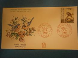 Enveloppe Historique F.D.C.,n.°1661a,année 1990,Soierie De Lyon,croix Rouge,format 16X9 Cm,superbe état,envoi En Lettre - 1990-1999