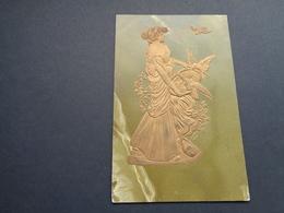 Femme ( 1461 )   Femme Art Nouveau  - Carte Gaufrée  Reliëf - Femmes