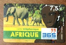 AFRIQUE 365 ÉLÉPHANT 7,5€ EXP LE 31/12/2006 PRÉPAYÉE PREPAID PHONECARD PAS TÉLÉCARTE CARD - France